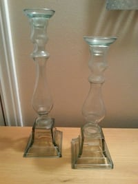 two clear glass candle holders Oshawa