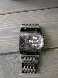 black and silver chronograph watch Kitchener, N2R 1Y8