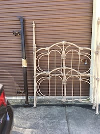 Double Bed Antiqued Metal Bed Virginia Beach, 23451
