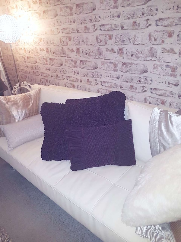 Brilliant Used Urban Barn Satin Throw Pillows 3 For Sale In Langley Pdpeps Interior Chair Design Pdpepsorg