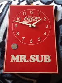 red and white Coca-Cola analog clock Gravenhurst, P1P