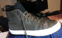 Converse. Chuck Taylor's 2 water proof climite counter size 9.5