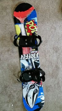 Firefly Delimit 130cm snowboard and bindings Wasaga Beach, L9Z 1M2