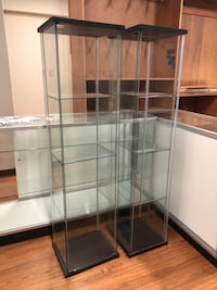 white metal framed glass display cabinet Vancouver, 98685