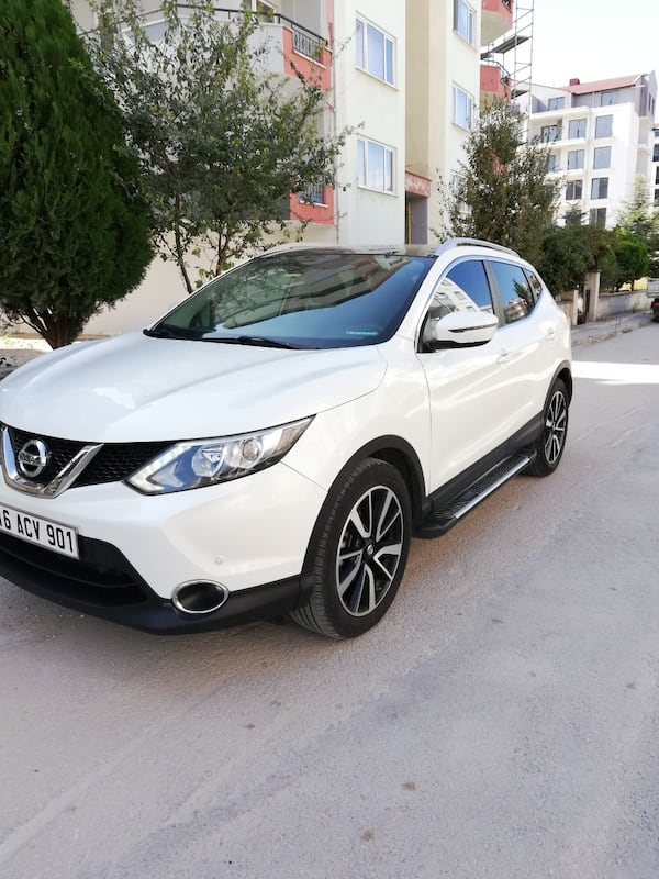 2015 Nissan Qashqai DCI 130 HP BLACK EDITION XTRONIC 1