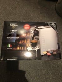 Expresso machine new in box  Toronto, M6E 2L1