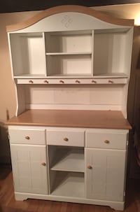 White Buffet Bar and Complete Hutch (2 pieces)with Natural Wood Bowie, 20721