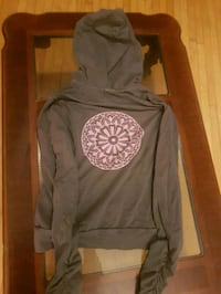 black and gray pullover hoodie
