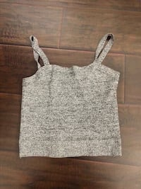 new grey crop top size small. Colton, 92324