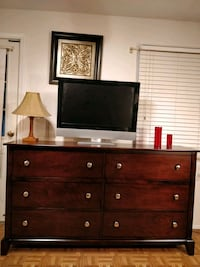 Nice wooden big dresser/TV stand with big drawers  Annandale, 22003