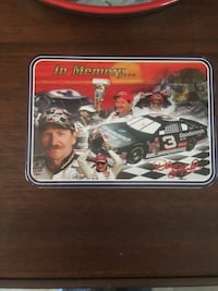Dale Earnhardt knife and tin case