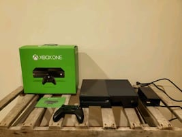 Xbox One - 500GB - Includes HDMI, Controller, and Box