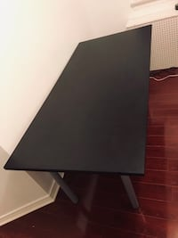 computer gaming desk / table Toronto, M6M 1T8