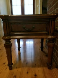 Side table with drawer, neg Duson