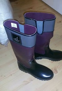 NEW! Sperry Rain Boots