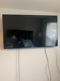 "SAMSUNG 60"" SMART TV Laurel, 20707"