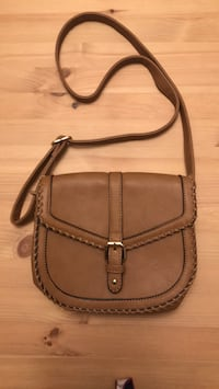 Crossbody Whipstitch Saddle Bag Cognac Occoquan, 22192