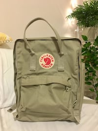 Fjallraven Kanken backpack regular size 556 km