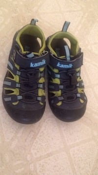 Pair of black-and-green Kamik trek shoes Sudbury, P3A 4C5