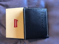 Italian leather wallet. Never used   Brampton, L7A 1H2