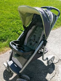 baby's black and green stroller Dover, 17315