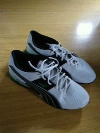 pair of white-and-black Nike sneakers Frisco, 75034