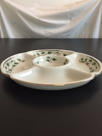"10""d 5-part Relish/Candy Serving Tray -Holly Holiday by Royal Limited Arlington, 22204"