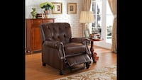 Brand new brown leather recliner Port Coquitlam, V3C