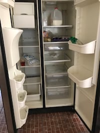 Silver side-by-side refrigerator with dispenser Los Angeles, 90063