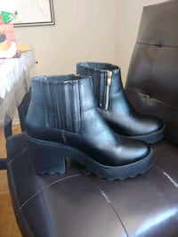 leather boots size 7  Toronto, M9N 1K9