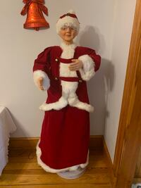 Mrs Claus 60 inch animated decoration
