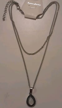 Brand new necklace faux opal Baltimore, 21206
