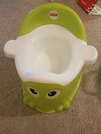 baby's green and white potty trainer Ashburn, 20148