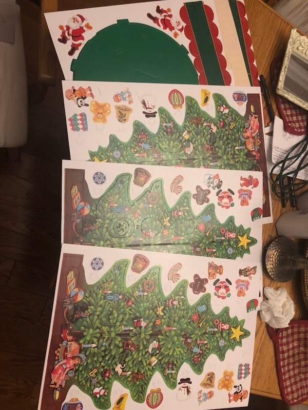 VINTAGE ADVENT CALENDAR  54ef9dad-dff1-43b0-89f4-0c13201a02f4