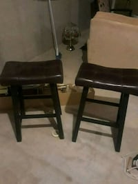 two black leather padded stools Severn, 21144