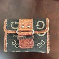 Guess wallet. Very small and cute   Newmarket, L3Y 8M6
