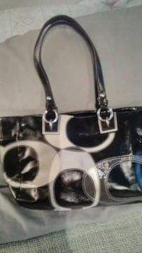white and black leather tote bag Austin, 78758
