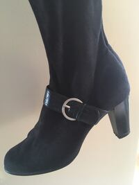 Pair of black Swede boots size 9 Calgary, T2G 0N9