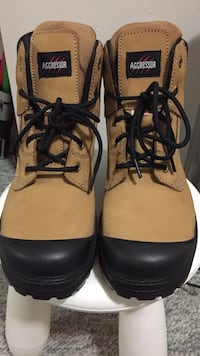 Pair of brown-and-black aggressor work boots Richmond, V6V 2Y8