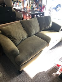 Couch, love seat, side tables and coffee table set Clermont, 34711