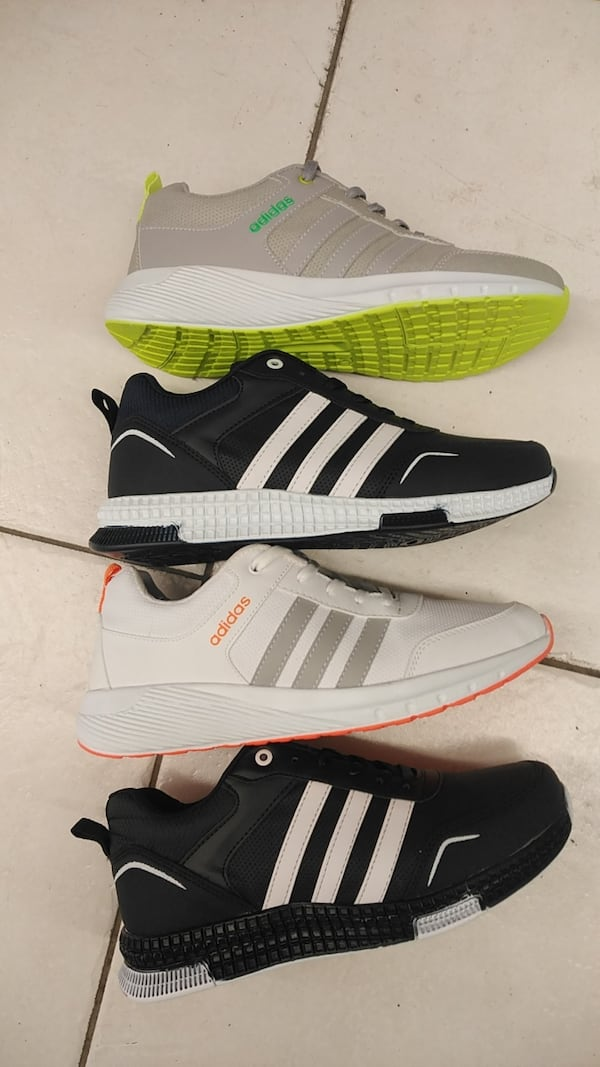 Adidas  fdc0ca07-fbec-4f7a-9d5d-22ee04bf72be