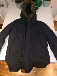 Boss Parka (size L/XL)  Greater London, SE10 9FY