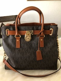 Use MK purse large size good condition just setting in my closet Las Vegas, 89103