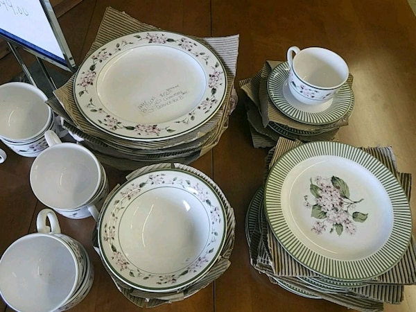 Apple Blossom dishes