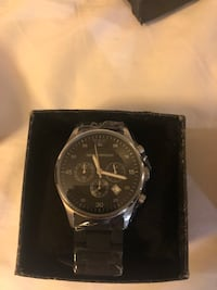 round silver-colored chronograph watch with link bracelet 6 mi