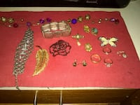 vintage jewelry/some gold Milford, 01757