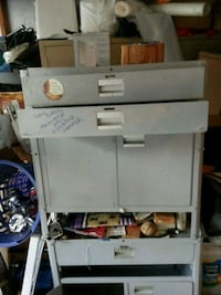 Metal tool cabinet 2 drawers and inside storage