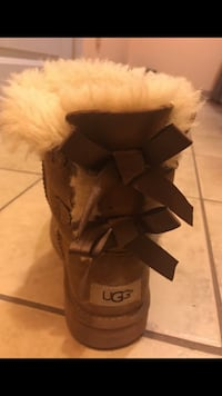 Pair of brown ugg boots Asheboro, 27203