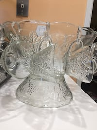 VINTAGE GRAPES & LEAVES CRYSTAL CLEAR PUNCH BOWL. Newport Beach, 92660