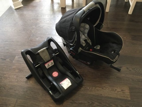 Britax B Safe Infant Car Seat With Base And Winter Insert